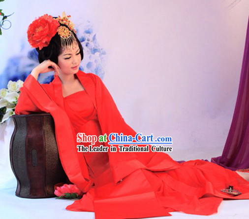 Traditional Chinese Tang Dynasty Plain Red Wedding Dress for Brides