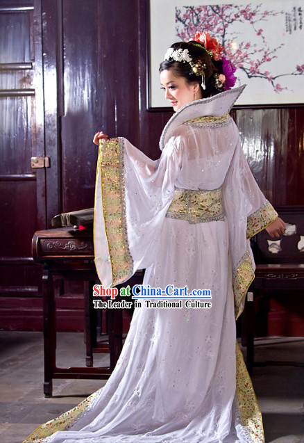 Ancient Chinese Pure White Long Tail Clothing for Women