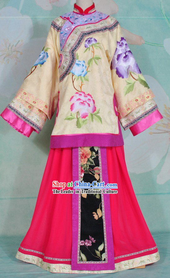 Qing Dynasty Beauty Embroidered Flower Clothing Complete Set