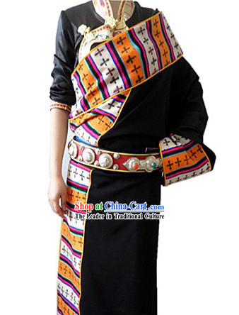 Traditional Chinese Black Tibetan Clothing Complete Set for Women