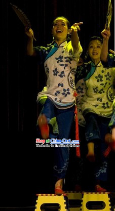 Traditional Chinese Folk Woman Female Group Dance Costumes
