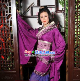 Ancient Chinese Purple Quju Hanfu Outfit for Women