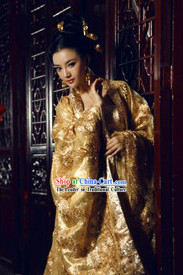 Ancient Chinese Golden Empress Clothing Complete Set for Women