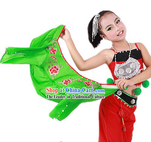Traditional Chinese Ethnic Attire and Hat for Kids