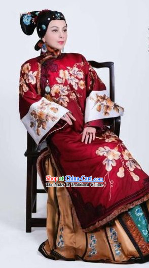 Traditional Chinese Stage Performance Empress Embroidered Costumes for Women