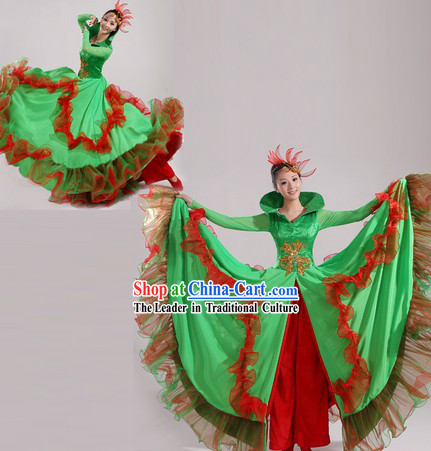 High Collar Traditional Chinese Stage Performance Dance Costume and Headwear for Women