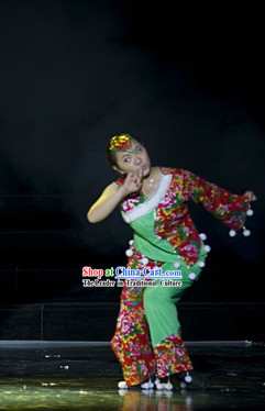 Traditional Chinese Lion Dancer Costume for Women