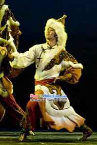 Traditional Chinese Mongolian Clothes for Men