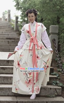Traditional Ancient Chinese Happy Girl Clothes
