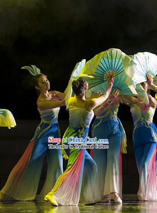 Traditional Chinese South of the River Dance Costumes and Headgear for Women