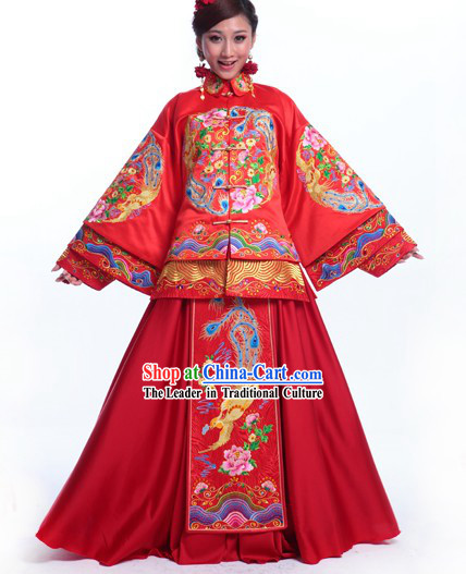 Supreme Chinese Wedding Clothing Complete Set for Brides