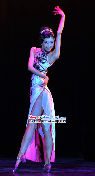 Long Mandarin Cheongsam Stage Performance Qipao for Women