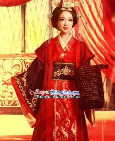 Chinese Han Dynasty Empress Wedding Dress and Hair Accessories