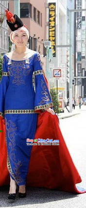 Chinese Traditional Ethnic Mongolian Costumes for Women