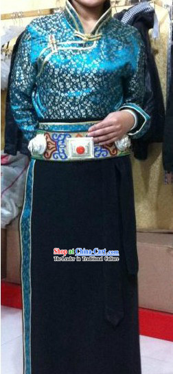 Traditional Chinese Blue Tibetan Robe Set for Women