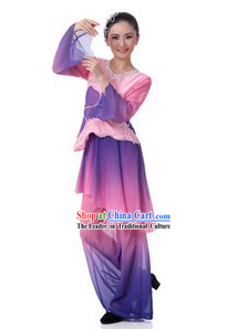 Traditional Chinese Fan Dance Clothing and Hat for Women