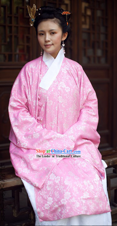 Ancient Chinese Pink Clothing for Women