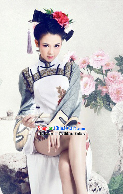 Sexy Chinese Qing Dynasty Qipao Cheongsam Robe for Women