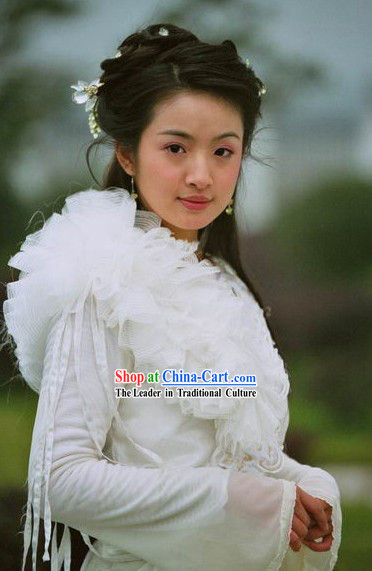 Ancient Chinese White Flower Swordswoman Costumes