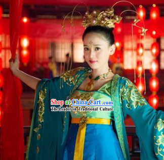 Ancient Chinese Palace Dance Costumes and Hair Accessories
