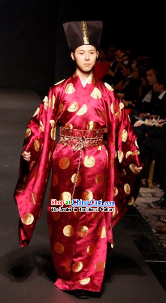 The Ancients Chinese Nobility Male Model Robe and Hat