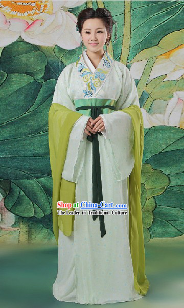 Ancient Chinese Light Green Beauty Clothing Complete Set for Women