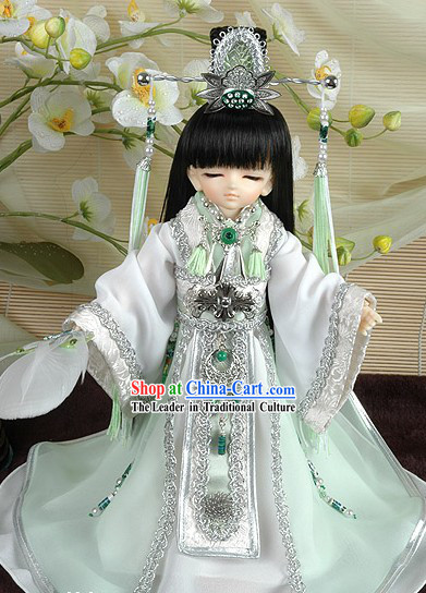 Traditional Chinese Prince Outfits and Crown for Boys