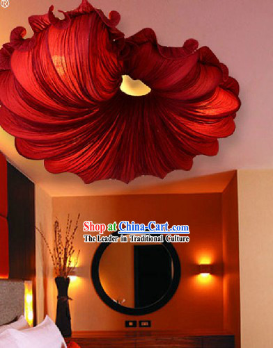 Traditional Handmade Red Chinese Trumpet Shell Shape Ceiling Lantern