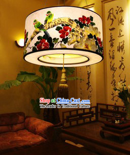 Classic Hand Painted Traditional Chinese Birds and Flower Painting Hanging Lantern
