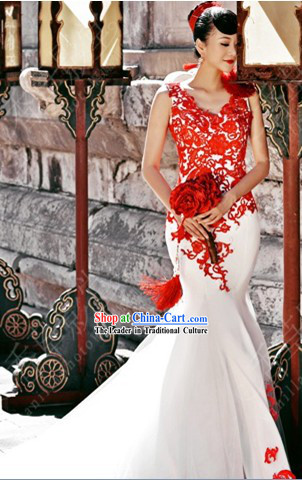2013 New Design Romantic White Long Tail Wedding Dress