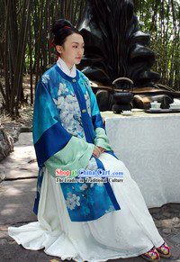 Ancient Traditional Chinese Ming Dynasty Silk Clothes for Women