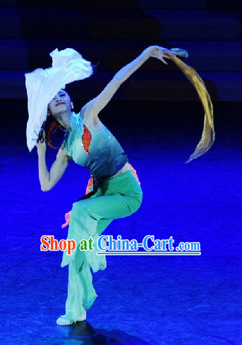 Chinese Solo Dance Costumes and Headwear Complete Set for Women