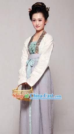 Chinese Traditional Song Dynasty Female Dresses Complete Set