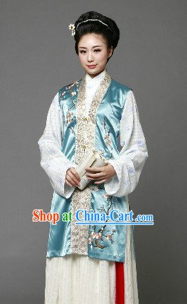 Song Dynasty Clothing for Women
