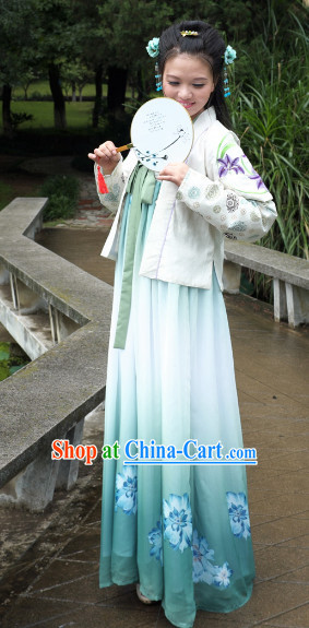 Ancient Chinese Hanfu Attire Complete Set for Women