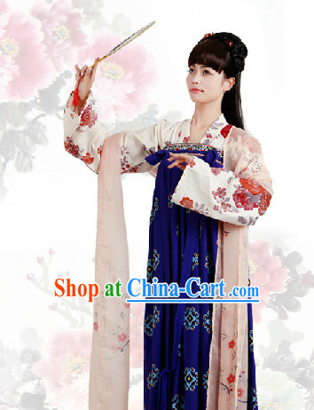 Ancient China Tang Dynasty Outfit for Women