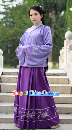 Ancient Chinese Ming Dynasty Clothes Complete Set