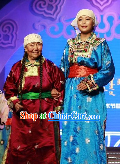 Mongolian Daughter and Mother Clothes and Headwears