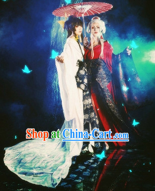 White and Black Hanfu Costumes and Umbrellas 2 Complete Sets for Sisters