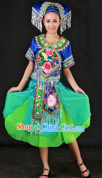 Zhuang Ethnic Group Festival Clothing