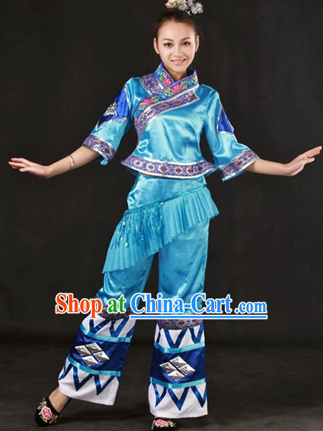 Traditional Chinese Zhuang Stage Performance Dance Costume and Headwear Complete Set