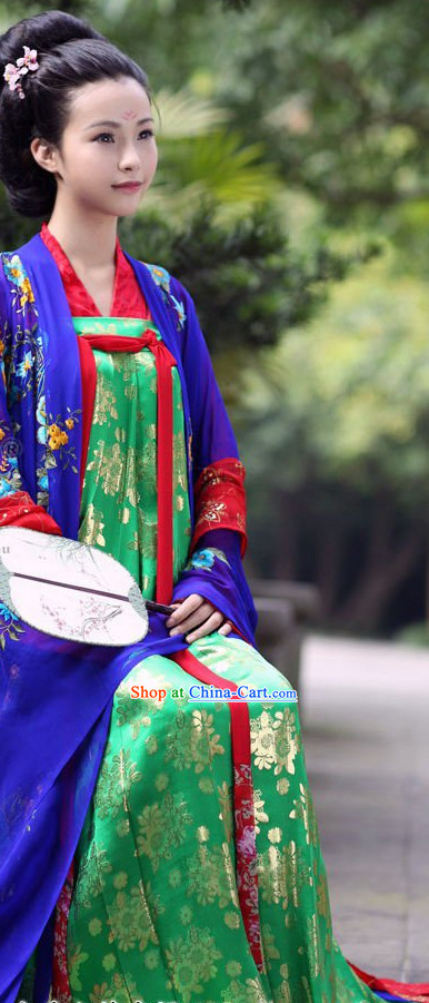 Pure Silk Daxiushan Formal Wear of Royal Chinese Women