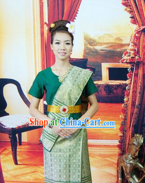 Southeast Asia Traditional Suit for Women