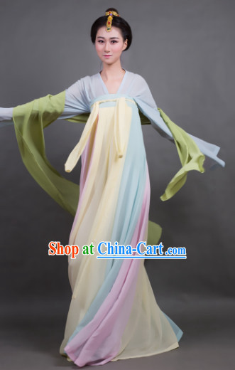 Traditional Women's clothing in China