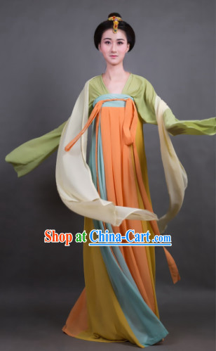 Female Costume in the Tang Dynasty