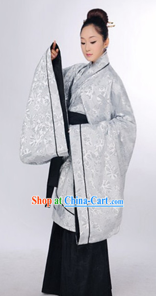Editor's Picks Chinese Classical Recital Costumes for Women