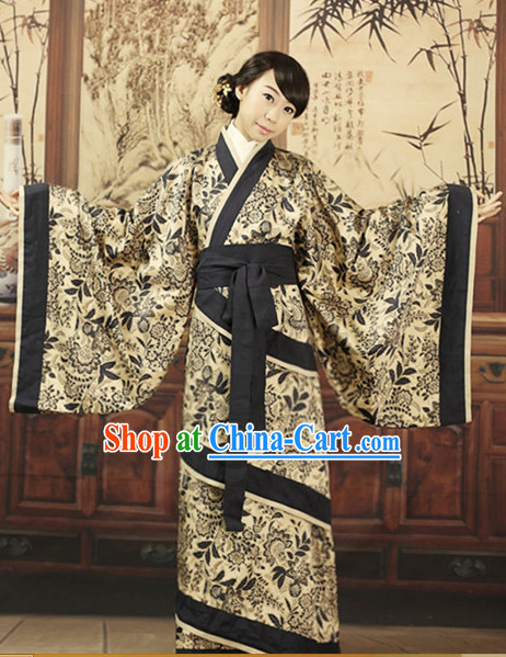 Refined and sophisticated Chinese Classical Costumes for Girls