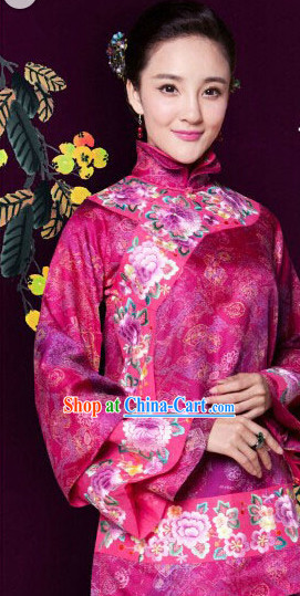 Traditional Chinese Mandarin Embroidered Blouse for Women