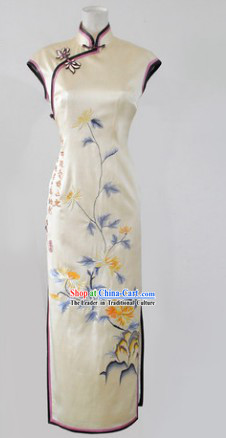 Traditional Chinese Minguo Time Silk Embroidered Long Cheongsam