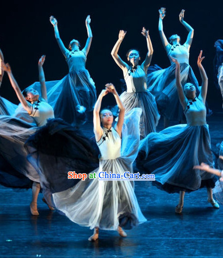 Traditional Chinese Modern Dance Costumes